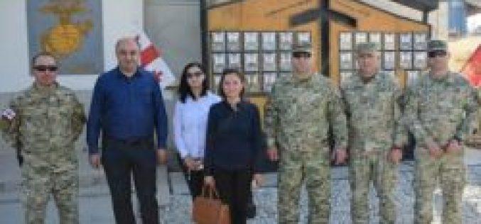 """საქართველოს სახალხო დამცველმა ავღანეთში, """"მტკიცე მხარდაჭერის"""" მისიაში წარგზავნილი ქართველი სამხედრო მოსამსახურეები მოინახულა."""