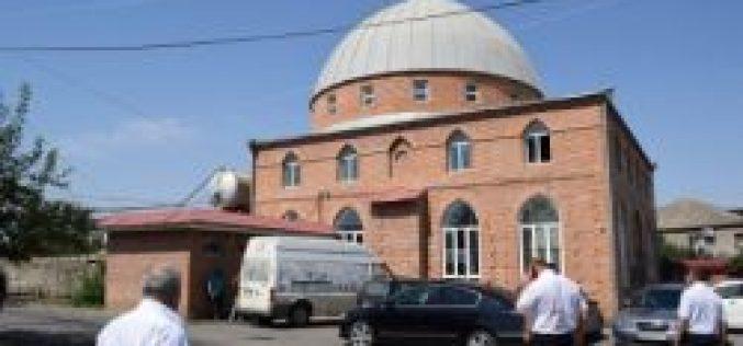 არნეულში მცხოვრები მუსლიმი მოსახლეობა ყურბან-ბაირამის დღესასწაულის დადგომას ზეიმობს