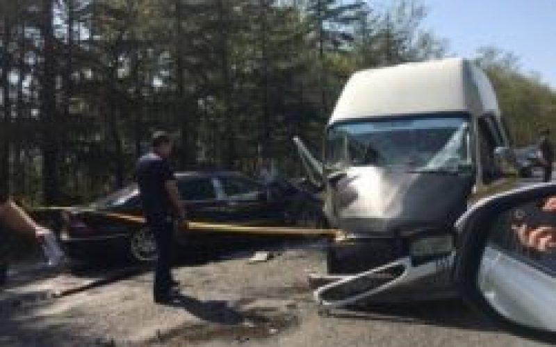 ქუთაისი-წყალტუბოს გზაზე სამგზავრო მიკროავტობუსის ავარიის შედეგად რამდენიმე ადამიანი დაშავდა