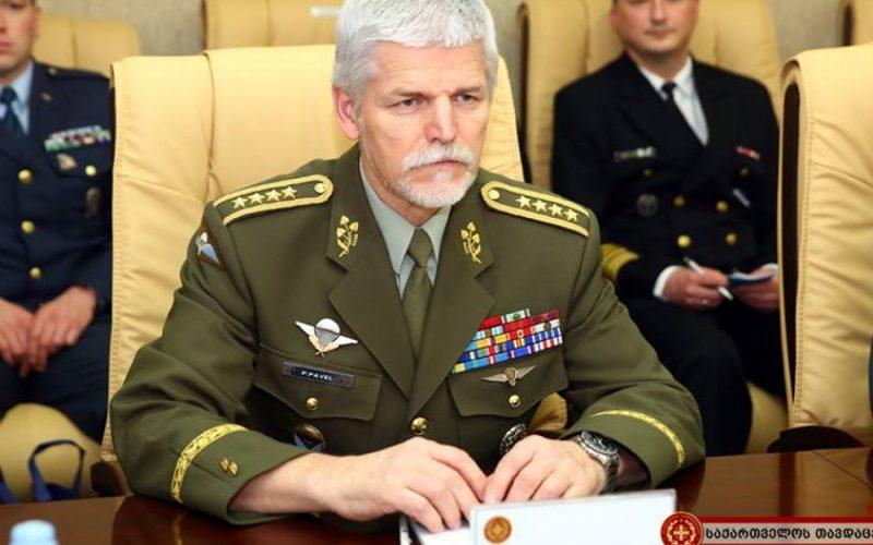 """რუსეთისა და ბელარუსის ერთობლივი მასშტაბური სამხედრო წვრთნები, """"დასავლეთი-2017"""" დიდი ომისთვის მომზადებას ჰგავს-პეტერ პაველმა"""