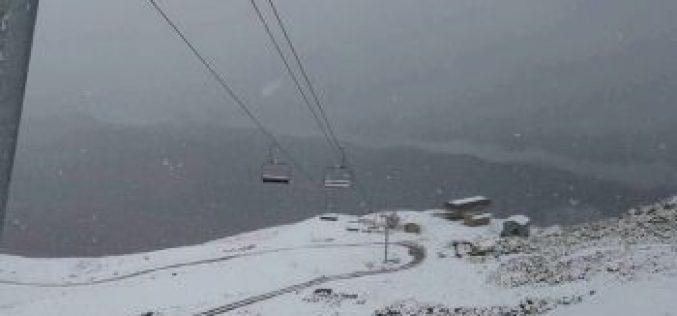 მესტიაში, თეთნულდზე თოვლი მოვიდა