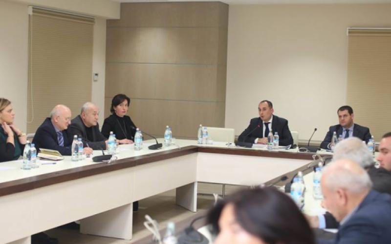 დიმიტრი ქუმსიშვილმა საქართველოს ბიზნესგაერთიანებების ხელმძღვანელებს ინფორმაცია მიაწოდა ჩინეთის ქალაქ შანხაიში საერთაშორისო გამოფენის შესახებ