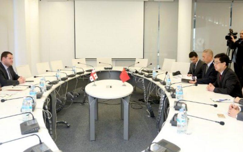 """""""ჩინეთის ელჩთან ჩვენ ვისაუბრეთ ანაკლიის ღრმაწყლოვან პორტსა და თავისუფალ ინდუსტრიულ ზონაში ჩინელი ინვესტორების დაინტერებაზე"""""""