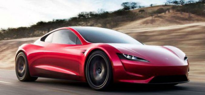 """კომპანია """"Tesla""""-მ პირველი ელექტრო-სატვირთო ავტომობილი შექმნა"""
