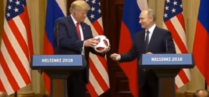 ფეხბურთის ბურთი, რომელიც რუსეთის პრეზიდენტმა ამერიკელ კოლეგას ჰელსინკის სამიტის დროს უსახსოვრა, უსაფრთხოებაზე შეამოწმეს.