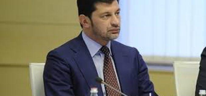 """კახა კალაძე: უსუსური ე.წ. ფარული ჩანაწერებით """"ქართულ ოცნებას"""" ბიზნესზე ზეწოლას აბრალებს კრიმინალური პოლიტიკური ძალა"""