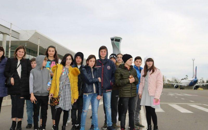 ქუთაისის საერთაშორისო აეროპორტში მოსწავლეებს ღია გაკვეთილი ჩაუტარდათ
