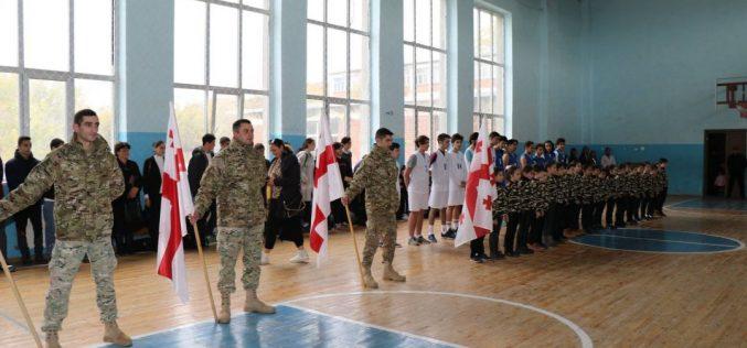 რუსთავის საჯარო სკოლაში 2008 წლის ომში დაღუპული ჯარისკაცის სახელობის საკალათბურთო ტურნირი გაიმართა