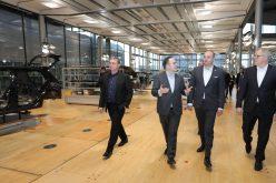 პრემიერმა დრეზდენში Volkswagen-ის ელექტრომობილების ქარხანა დაათვალიერა