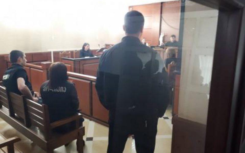 7 თვის ჩვილის მკვლელობაში ბრალდებულ არასრულწლოვან დედას პატიმრობა შეეფარდა