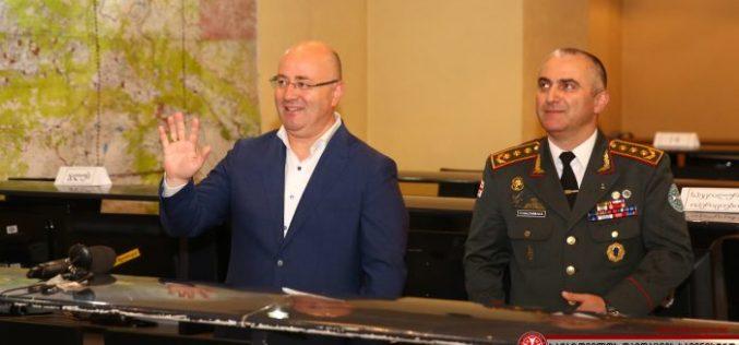 თავდაცვის მინისტრმა სამხედრო მოსამსახურეებს მშვიდობისმყოფელის დღე მიულოცა