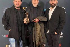 """ჰოლივუდში, აზიური ფილმების მსოფლიო ფესტივალზე დიმიტრი ცინცაძეს ფილმისთვის """"შინდისი"""" საუკეთესო რეჟისორის ჯილდო გადასცეს."""