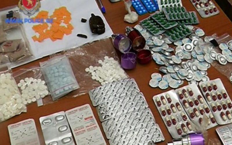 ცენტრალური კრიმინალური პოლიციის დეპარტამენტის თანამშრომლებმა საქართველოში ნარკოტიკული საშუალებების უკანონო დამზადება-შეძენა-შენახვისა და რეალიზაციის უპრეცენდენტოდ მასშტაბური სქემა გამოავლინეს
