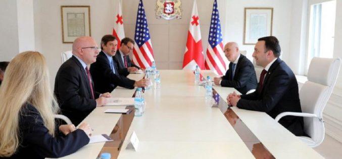 პრემიერ-მინისტრი ამერიკის სახელმწიფო მდივნის მოადგილის მოვალეობის შემსრულებელს შეხვდა