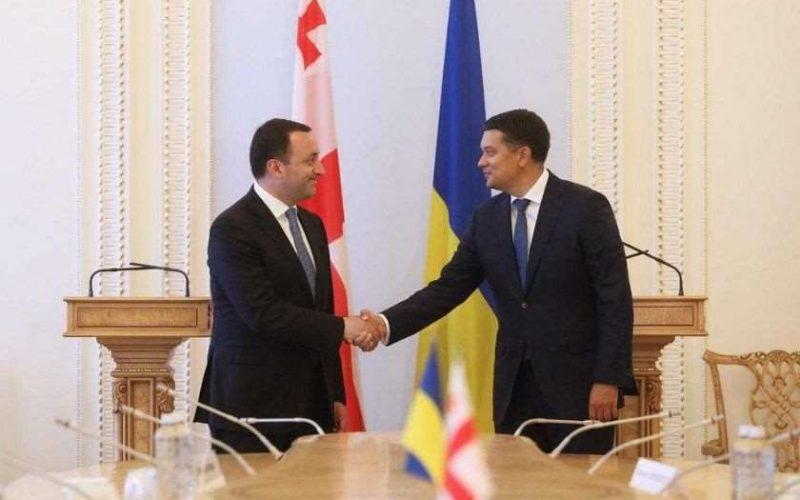 საქართველოს პრემიერ-მინისტრი ირაკლი ღარიბაშვილი, დმიტრო რაზუმკოვს შეხვდა.